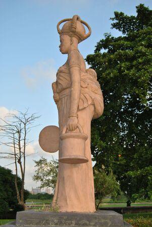 nigeria: Nigerian Statue at Nigerian National Theatre
