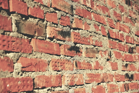 surface of an old red brick wall grunge background texture close up Foto de archivo - 111491787