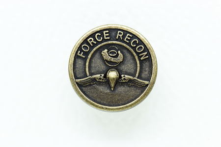 Round Metal Jeans Button in vintage style, Dept of the army, Force Recon