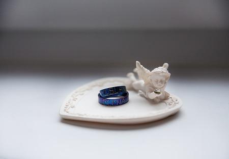 titanium: Titanium wedding rings. A Traditional bride decoration
