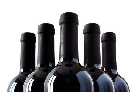 weinverkostung: Flaschen feiner italienischer Rotwein, isoliert auf wei�