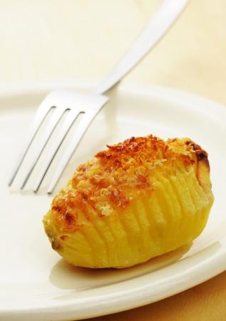 Roasted Hasselback potato Reklamní fotografie - 17665299