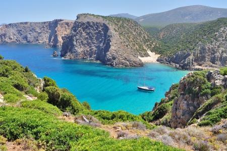 Bekijk van Cala Domestica strand, stad van Buggerru, Sardinië, Italië