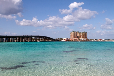 destin: Highway 98 bridge goes across the crystal clear waters of the pass in the resort town of Destin, Florida