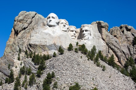 mount jefferson: Mount Rushmore National Memorial is located in southwest South Dakota, USA.