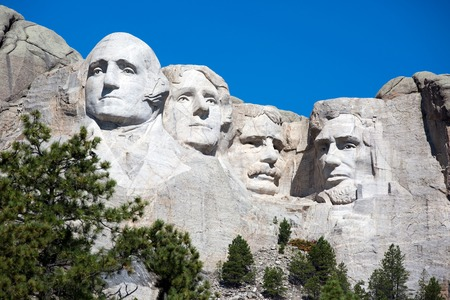 lincoln memorial: Mt. Rushmore National Memorial is located in southwestern South Dakota, USA.