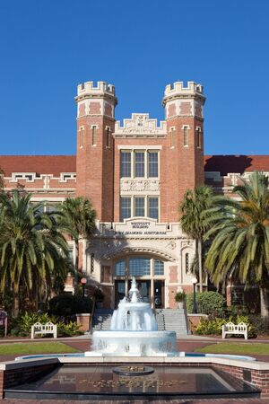TALLAHASSEE, FLORIDA - FEBRUARY 11, 2017: The administration Westcott Building at Florida State University in Tallahassee, Florida, USA on February 11, 2017. Redakční