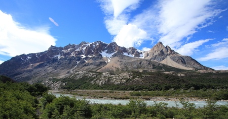 electrico: Cerro 30 Aniversario - a mountain peak in Los Glaciares National Park near El Chalten, Argentina. The park is home to some of the most popular hiking trails in Patagonia. Stock Photo
