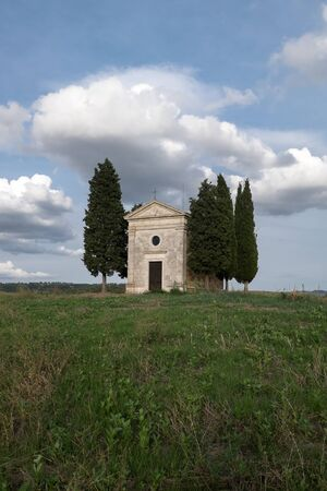 valdorcia: The chapel of Our Lady of Vitaleta