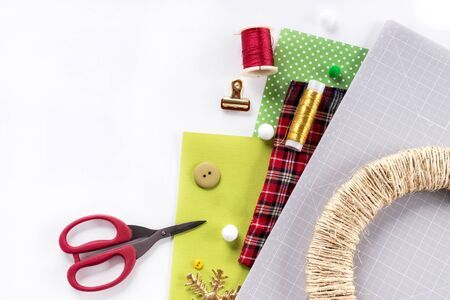Making a Christmas wreath from felt. Craft tools and supplies