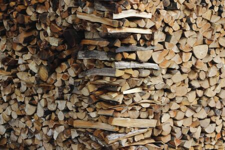 woodpile: Woodpile with quergeschichtetem timber at a corner