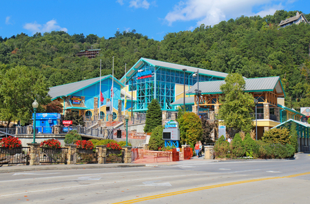 tn: GATLINBURG, TENNESSEE - OCTOBER 6: The Aquarium of the Smokies in Gatlinburg, Tennessee, October 6, 2013. Gatlinburg is a major tourist destination and gateway to Great Smoky Mountains National Park.