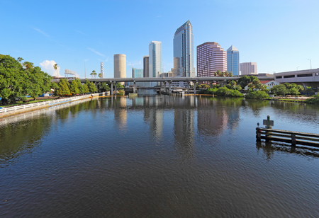Partial Tampa, Florida skyline with USF Park and commercial buildings Imagens