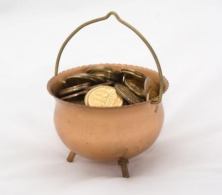 Caldero lleno de dinero
