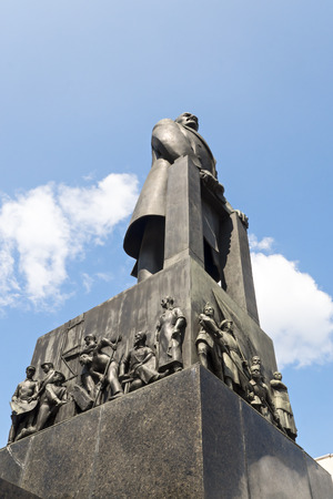 lenin: Lenin monument in Minsk