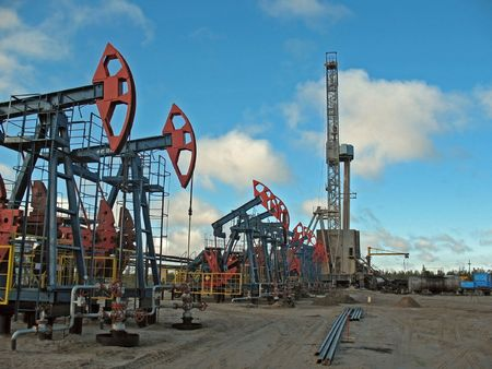 spiraglio: Perforazione in West Siberia. Petrolio.  Archivio Fotografico