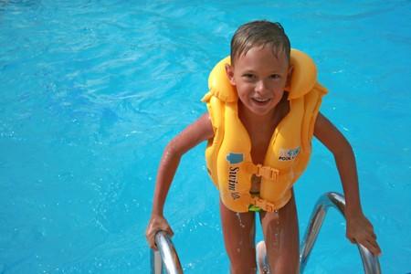 Zwemmen in warm water zwembad