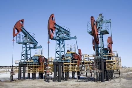 Oliepompen in West-Siberië. Olie-industrie apparatuur
