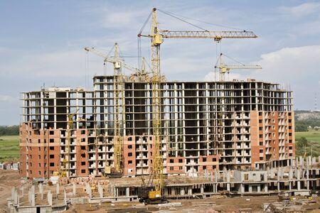 Kraan op een bouw terrein Stockfoto
