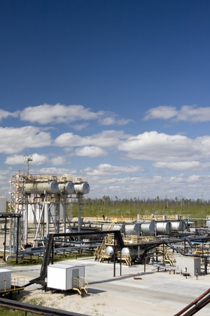 Oil industry and gas industry. Work of refinery petrochemical plant. Oil reservoir and storage tank Stock Photo - 20835561