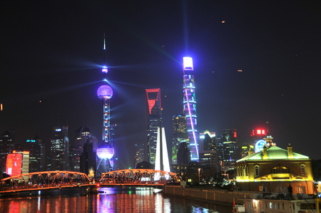 oriental pearl tower: Shanghai Oriental Pearl Tower and the Shanghai Center New Year's Eve light show