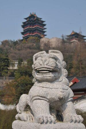 stone lion: stone lion sculpture