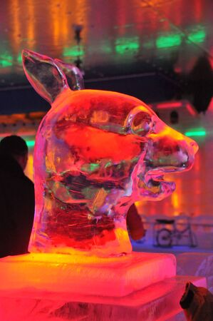 ice sculpture: Hengdian Film City: new ice sculpture, twelve bronzes