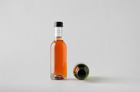 caballo bebe: Wine Quarter Bottle Mock-Up - Two Bottles
