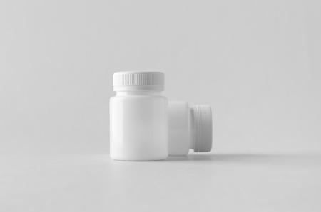 White plastic supplement  medicine mock-up. Banco de Imagens