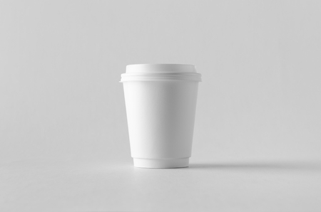 8 oz. white double wall coffee paper cup mock-up with lid. Banco de Imagens - 115963492