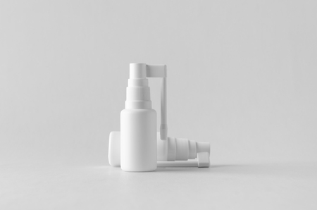 Throat spray pump mock-up. Banco de Imagens - 115963504