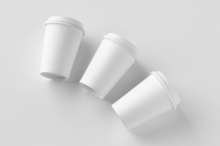 12 oz. white coffee paper cup mockup with lid. Banco de Imagens - 126254061