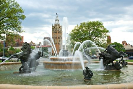 J.C. Nichols Memorial Fountain on the Country Club Plaza in Kansas City. Stock Photo - 4918176
