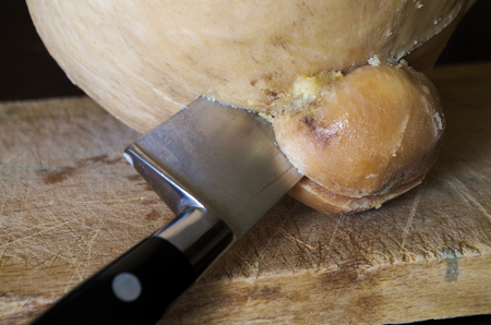 caciocavallo: shaped cheese cutting