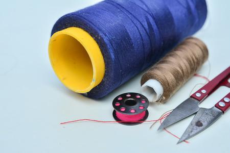 kit de costura: Herramientas de costura y kit de costura Foto de archivo