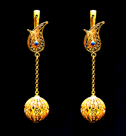 Beautiful Oriental Gold Turkish Jewelry Womens Earrings Black