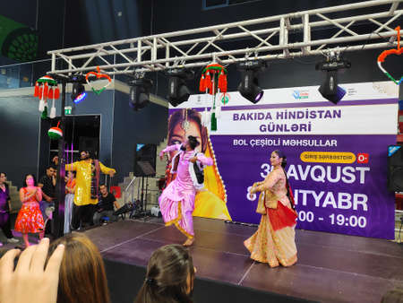 aku, Azerbaijan-September 2, 2019: festival of Indian culture, song and dance in Baku. Indian artists perform on stage Zdjęcie Seryjne