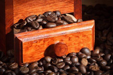 młynek do kawy: MÅ'ynek kawy z ziaren kawy