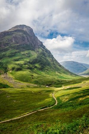 highland region: Footpath in in the Scotland highlands