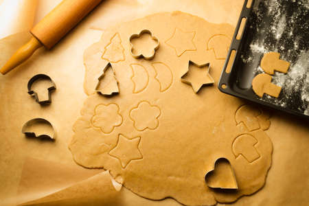 Baking gingerbread cookies for Christmas Stock Photo - 15963337