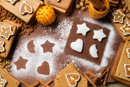 Christmas frame made ​​up of gingerbread cookies and nuts Stock Photo - 16397572