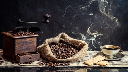 MAQUINA DE VAPOR: Fragancia de preparaci�n de caf� vendimia Foto de archivo
