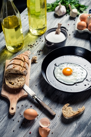 Egg served for breakfast with bread Stock Photo - 18268786