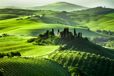 Mooie zonsopgang in San Quirico d'Orcia Stockfoto - 20152963