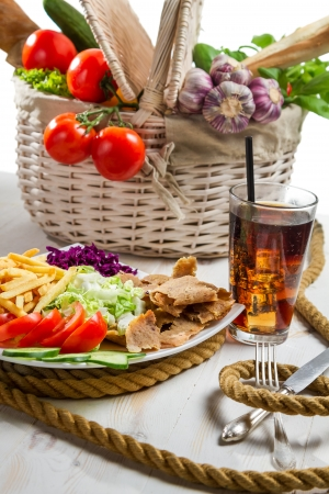 icecubes: Main dish made with vegetables and kebab