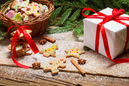 Gingerbread cookies in powdered sugar with cinnamon bark Stock Photo - 22405080