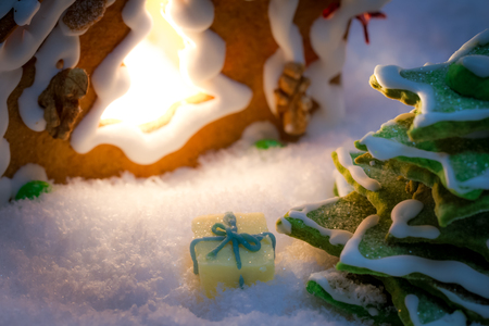 Marzipan gift under the gingerbread Christmas tree Archivio Fotografico