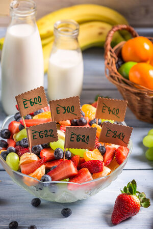 preservatives: Healthy salad made of fruits with no preservatives