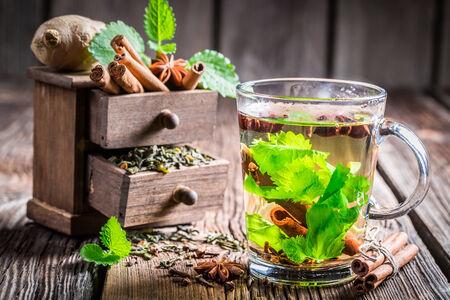 'cinnamon bark': Green tea with cinnamon bark