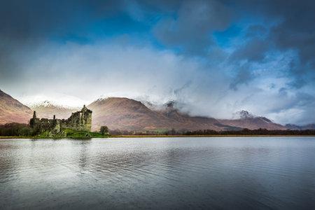 highland region: Kilchurn Castle over lake, Scotland